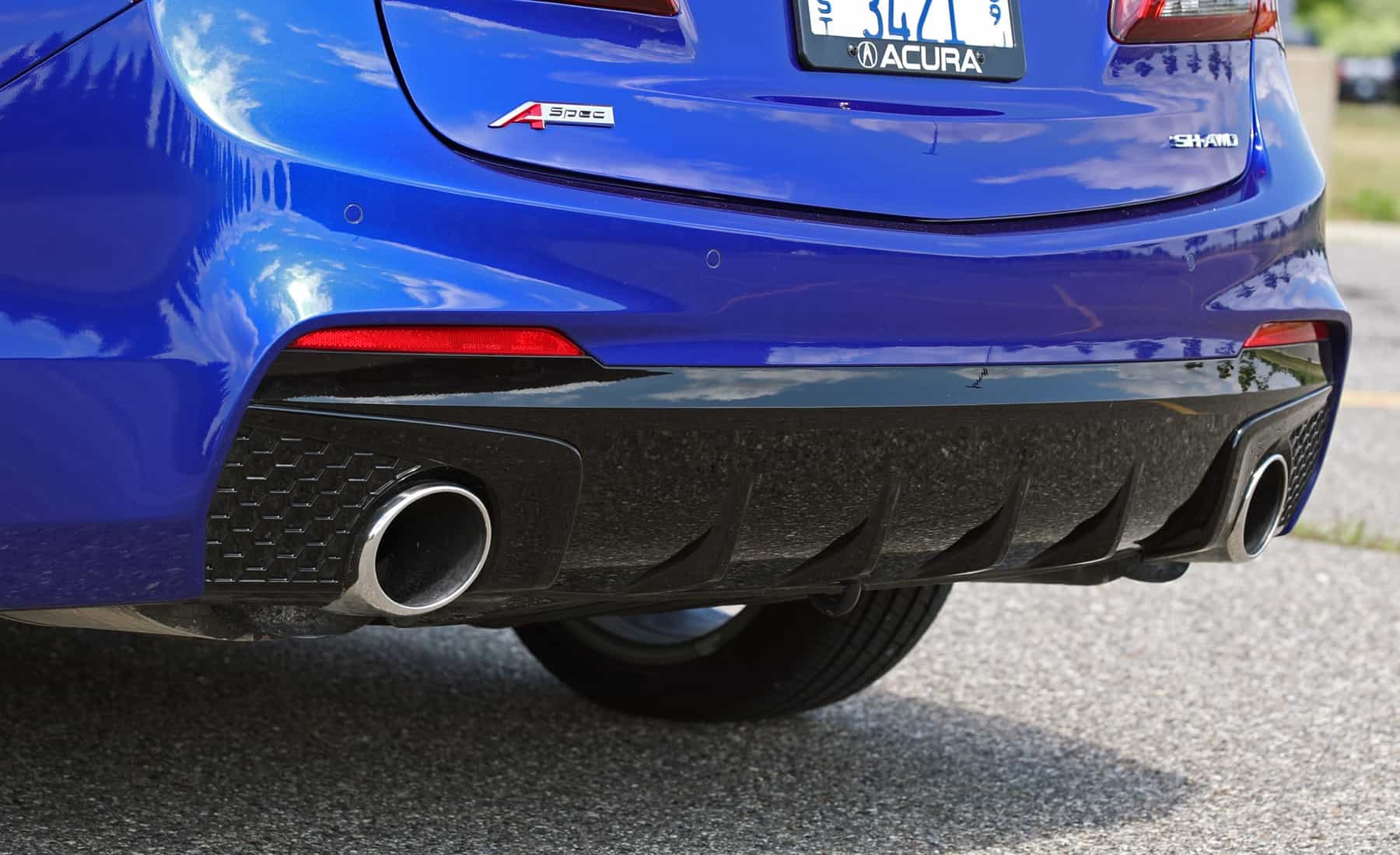 2018 Acura TLX Exterior View Rear Body And Exhaust Muffler (Photo 33 of 46)
