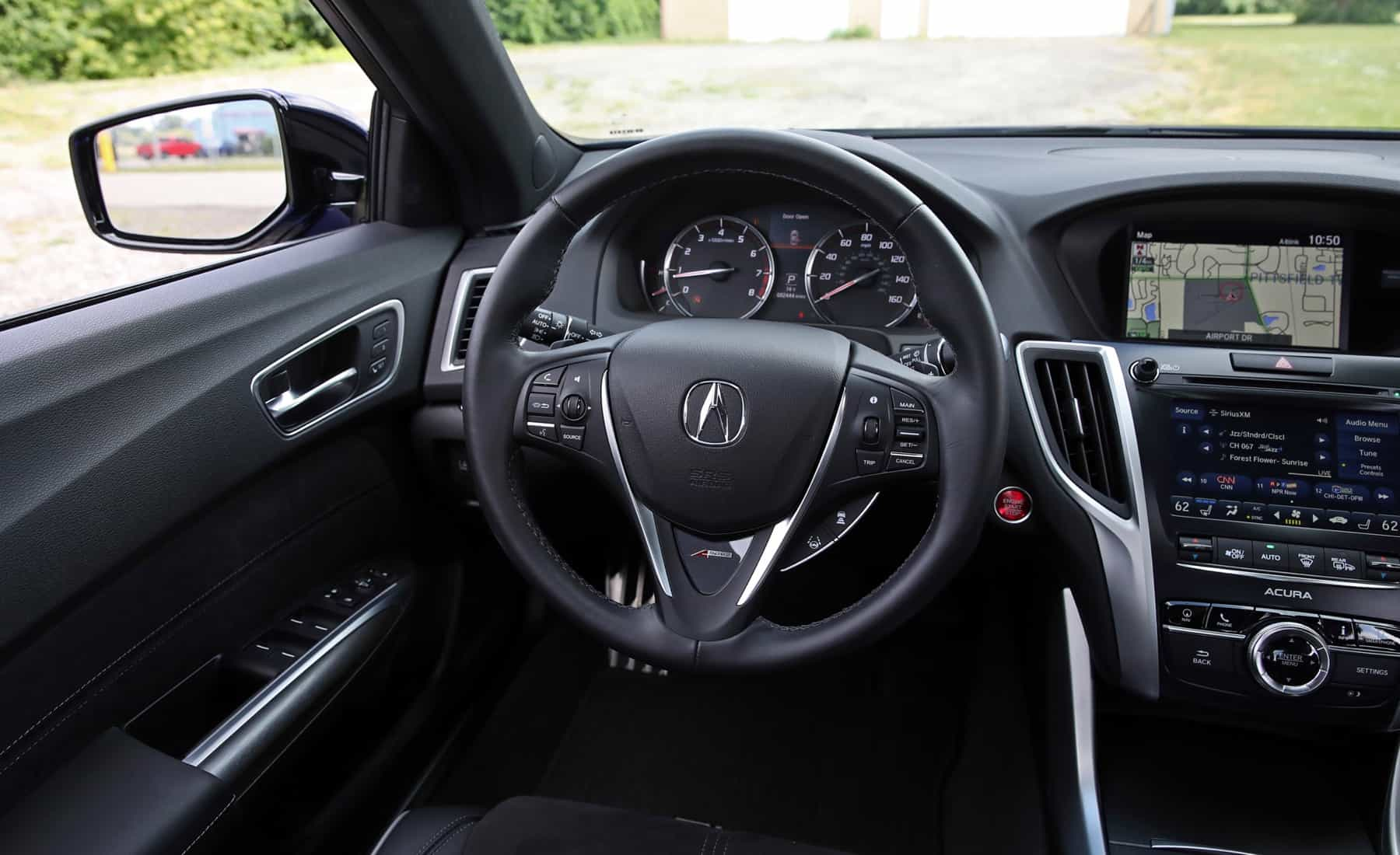 2018 Acura TLX Interior View Steering (Photo 15 of 46)