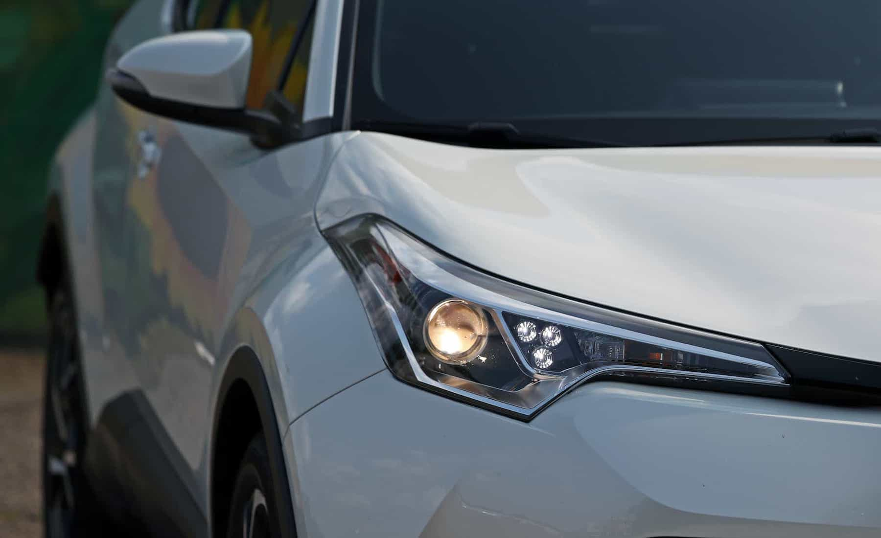 2018 Toyota C HR XLE Premium Exterior View Headlight Projector (Photo 43 of 52)