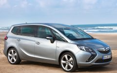 2012 Opel Zafira Tourer Futuristic and Dynamic Design Concept