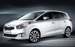 2013 Kia Carens at 2012 Paris Motor Show