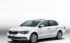 2013 Skoda Superb Combi and Hatchback Review