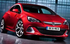 2013 Vauxhall Astra VXR Powerful Injection Review