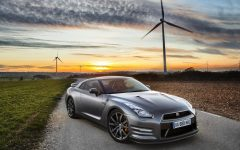 2013 Nissan GT-R Price Review