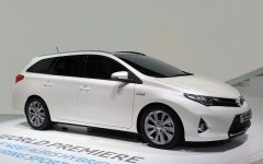 2013 Toyota Auris Hybrid at 2012 Paris